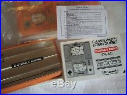 Donkey Kong Nintendo 1982 Game and Watch. Multi screen