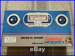 NEW Nintendo Donkey Kong Hockey New Micro vs system HK-303 Game Watch 1984