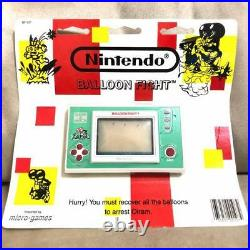 Nintendo Game and Watch BALLOON FIGHT SEALED ON CARD Vintage Rare Never Opend