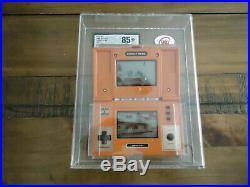 Vintage Nintendo Game & Watch Donkey Kong 1982 Graded UKG 85+ N/M